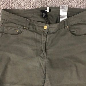 H&M green stretchy jeans